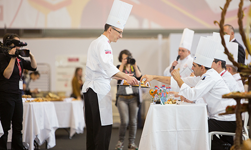 alan dumonceaux shares baking with judges at the Coupe du Monde de la Boulangerie in Paris, France in 2016