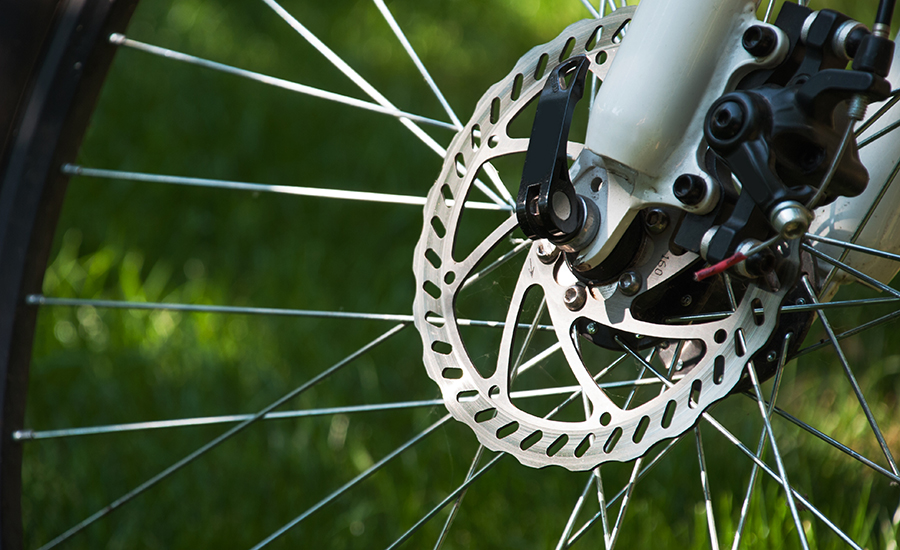 Disc brakes on a bicycle